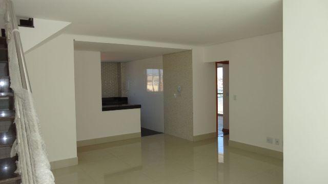 cobertura 04 quartos em prédio individual