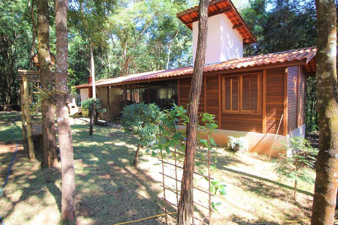 casa condomínio jardins - brumadinho mg - topo do mundo
