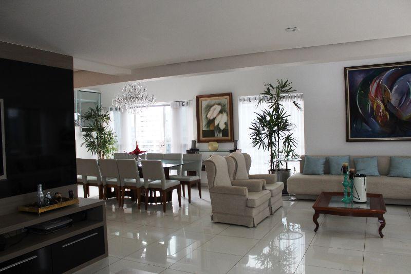 Apartamento de 4 quartos, Águas Claras