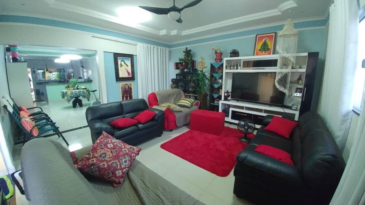 Casa de 3 quartos, Caldas Novas