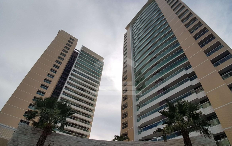 apartamento no guararapes, 138 m , 3 suites, 5 banheiros, varanda gourmet, piscinas