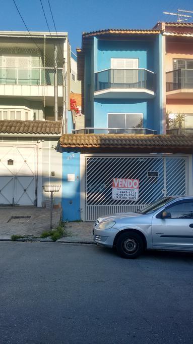 Casa · 161m² · 2 Quartos · 4 Vagas