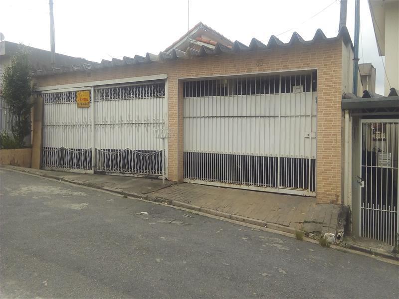 Casa · 242m² · 5 Quartos · 4 Vagas