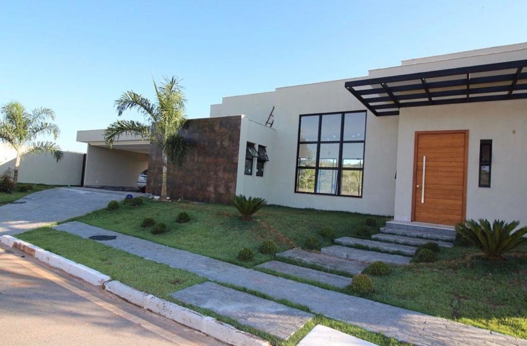 Casa · 362m² · 4 Quartos · 4 Vagas