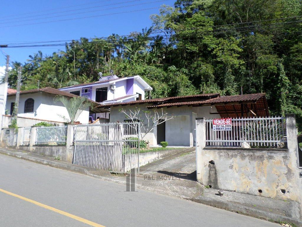 ótima casa, com amplo terreno em ilha da figueira jaraguá do sul - sc