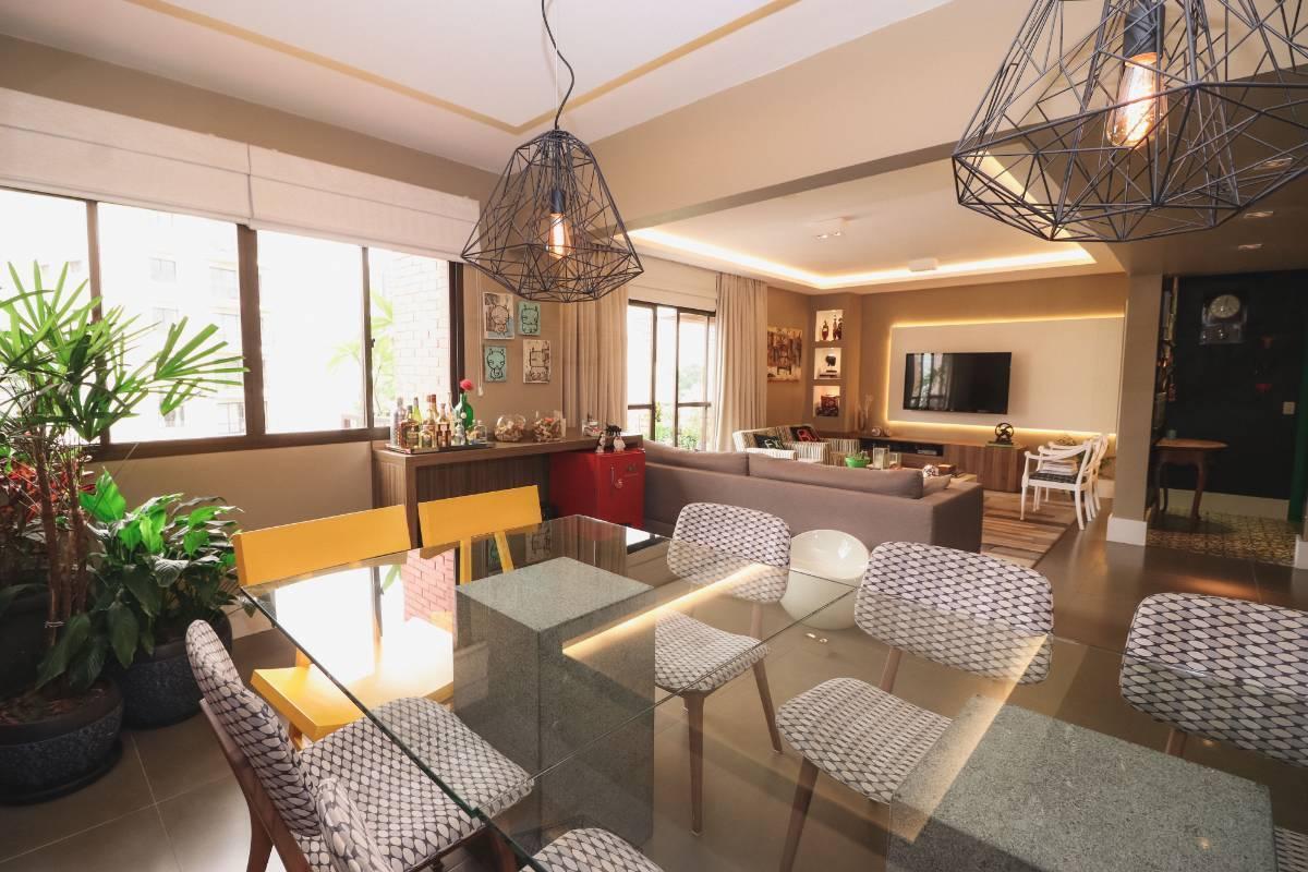 Sala de Jantar e Visitas integradas e amplas