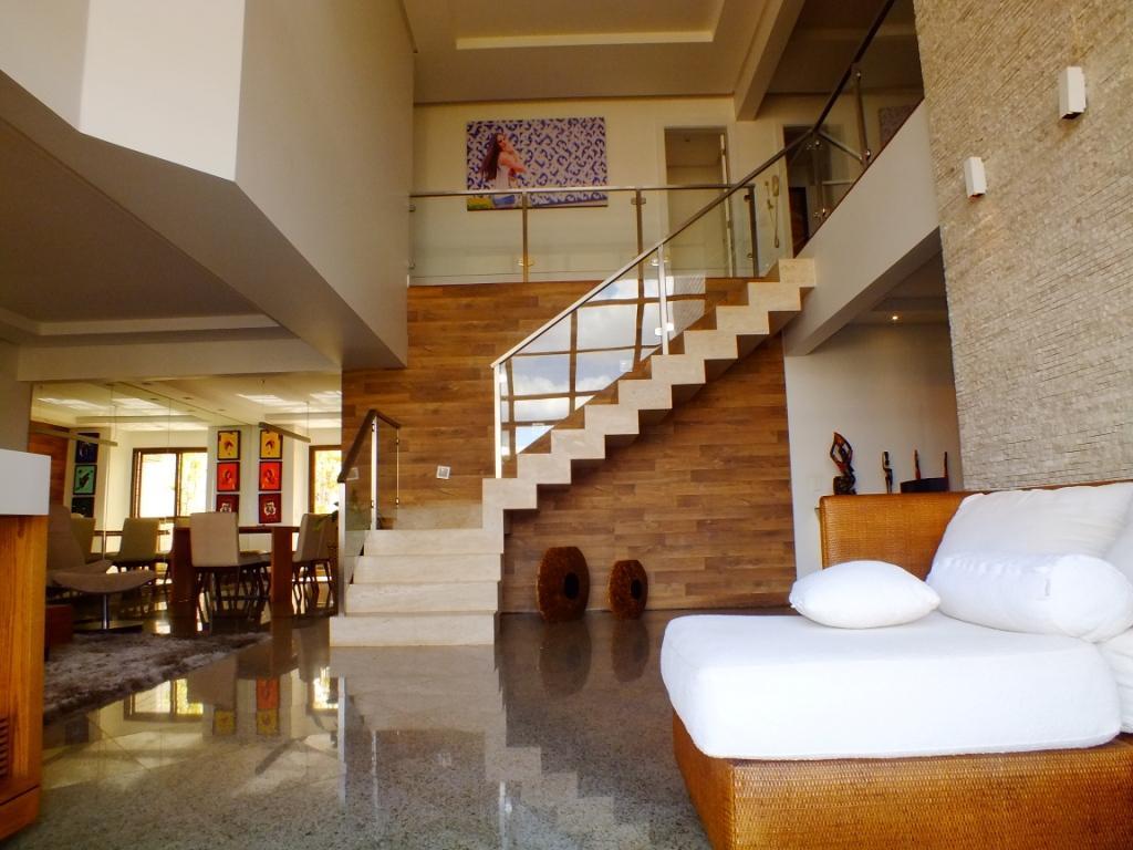 01- Sala com pé direito duplo e 3 ambientes