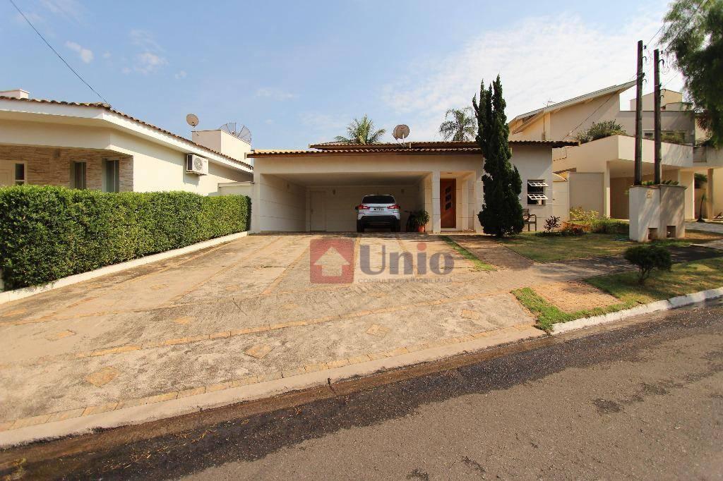 Casa com 4 dormitórios à venda, 156 m² por R$ 850.000 - Terras de Pira