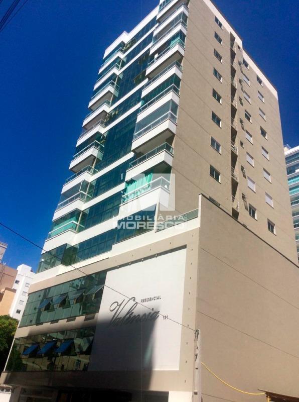 Apartamento · 185m² · 2 Vagas