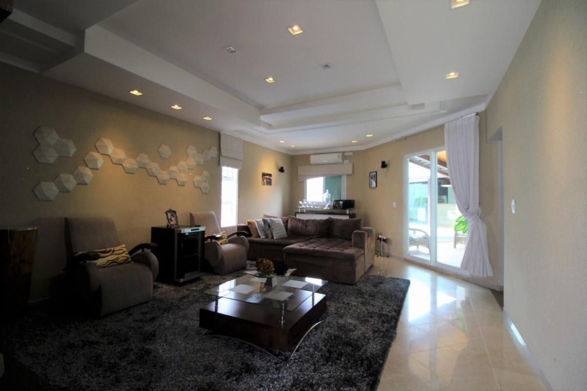 Casa Venda 450m² de 4 quartos