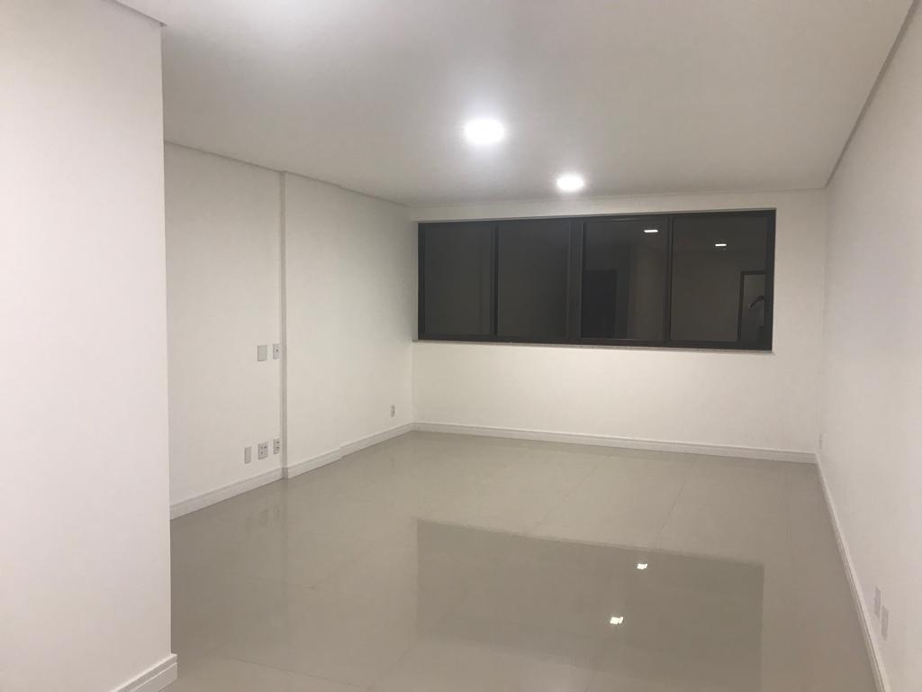 Apartamento · 145m² · 4 Quartos · 2 Vagas