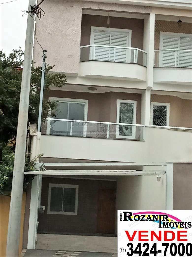 Casa · 290m² · 3 Quartos · 4 Vagas