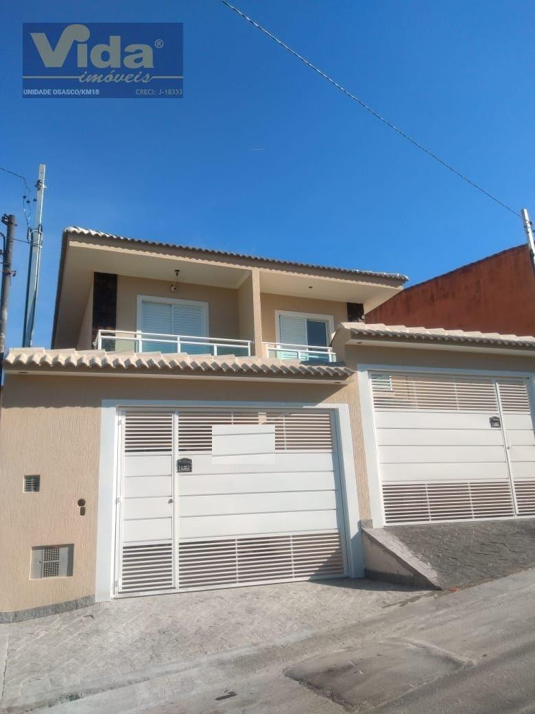 Casa · 130m² · 3 Quartos · 4 Vagas