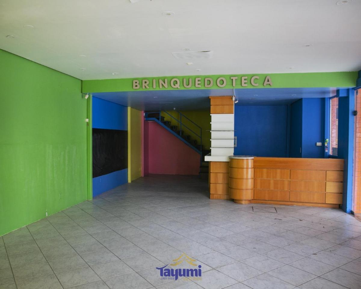 sala comercial no shopping santa cruz, ótima localização, sala, banheiro e mezanino. sala externa, n