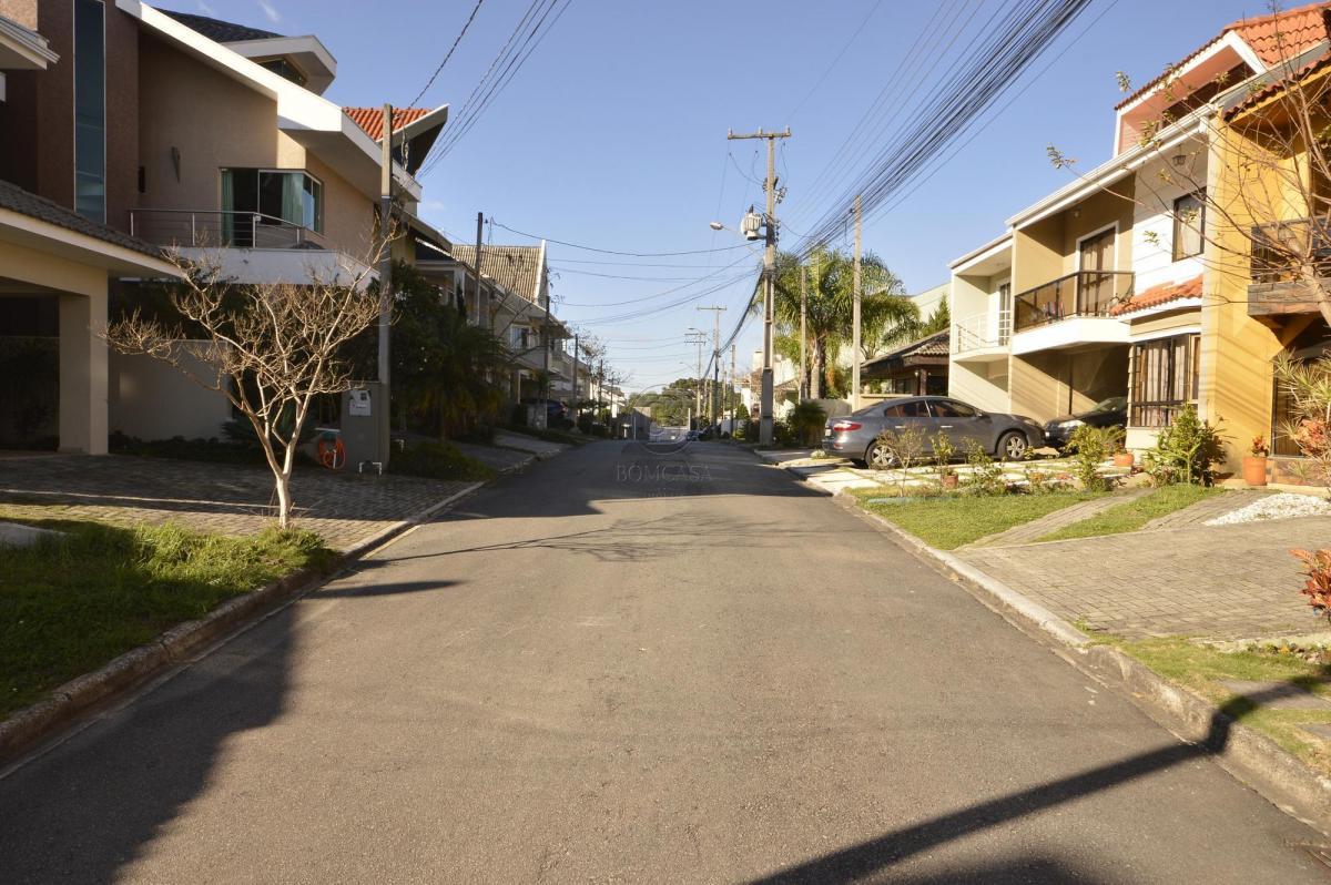http://www.infocenterhost2.com.br/crm/fotosimovel/1010371/269727672-terreno-em-condominio-curitiba-xaxim.jpg
