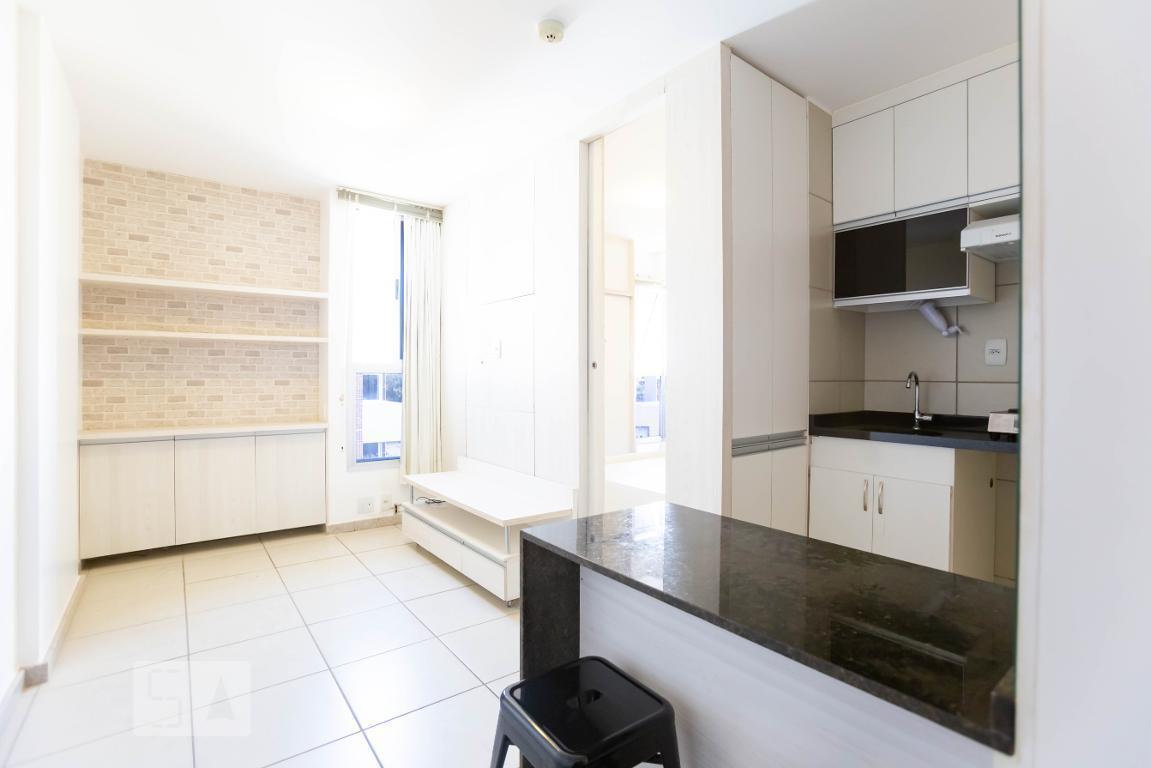 Apartamento · 28m² · 1 Quarto · 2 Vagas