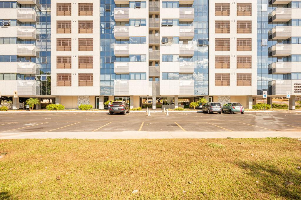 Apartamento · 176m² · 3 Quartos · 3 Vagas
