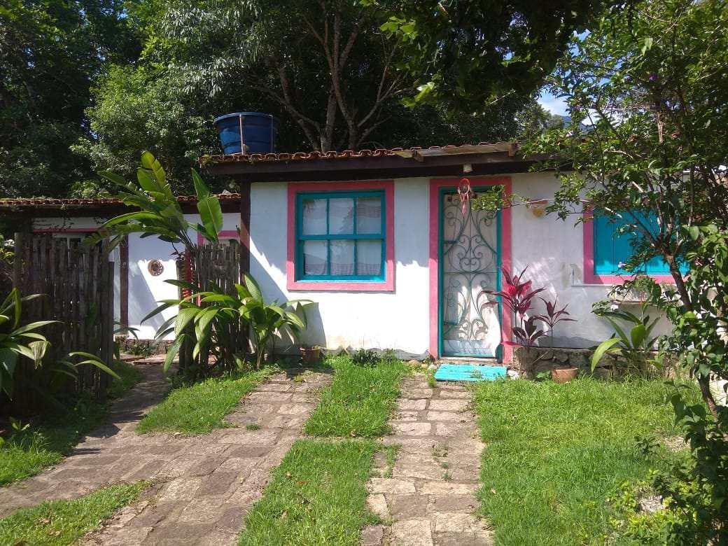 Casa · 128m² · 4 Quartos · 2 Vagas