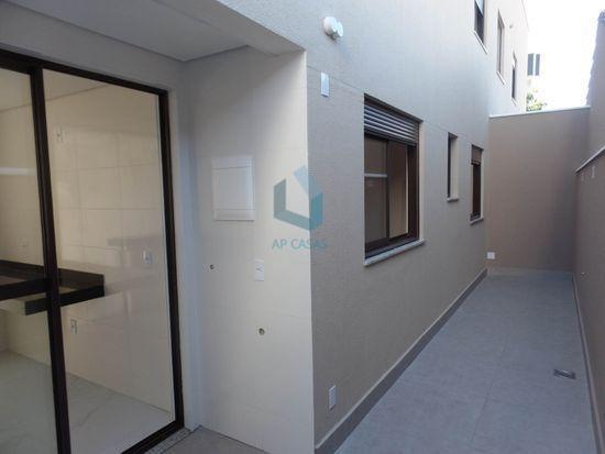 Apartamento · 11m² · 3 Quartos · 2 Vagas