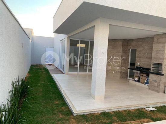 Casa · 432m² · 4 Quartos · 4 Vagas