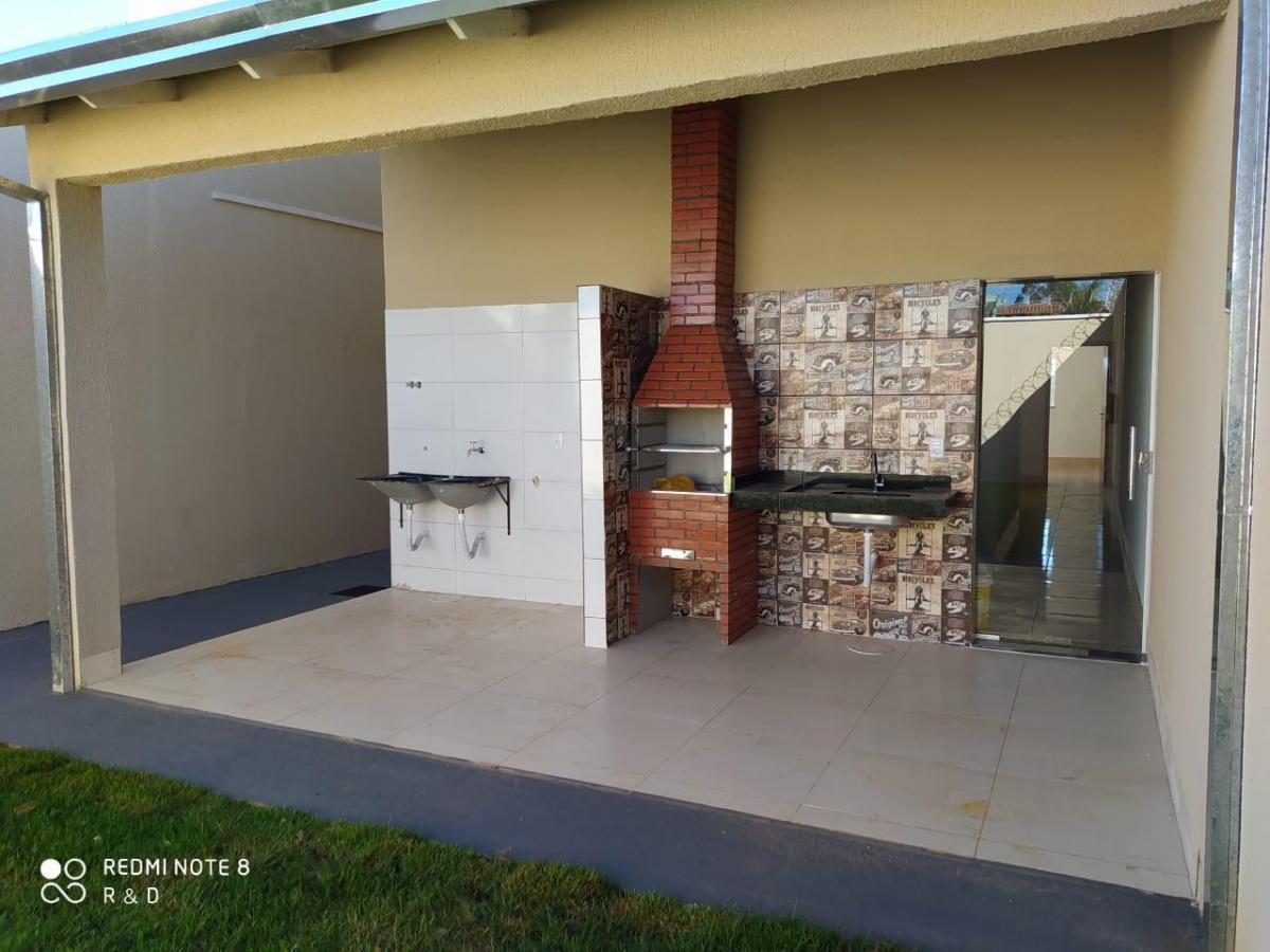 Casa · 95m² · 2 Quartos · 1 Vaga