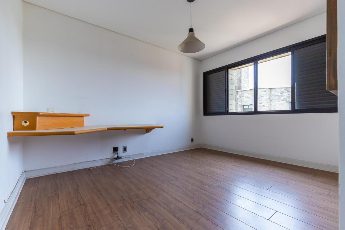 Apartamento no Morumbi - Ed. Monte Bianco